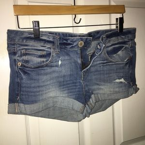 Light wash Express shorts